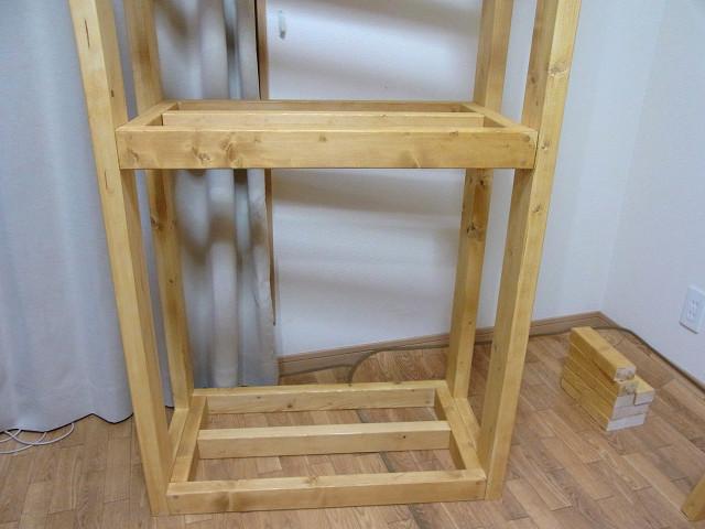 棚板が付いた自作水槽台