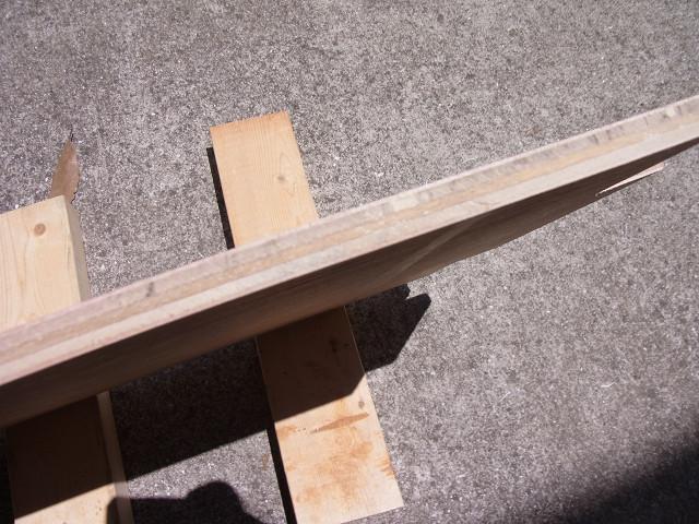 木工パテを埋めた部分