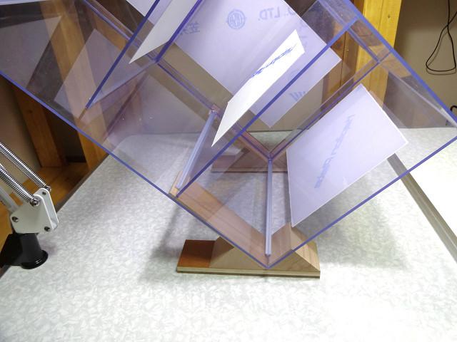 自作の塩ビ濾過槽に塩ビ三角補強棒を接着