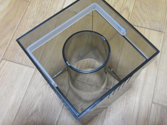 海道システムのプロテインスキマーのカップ
