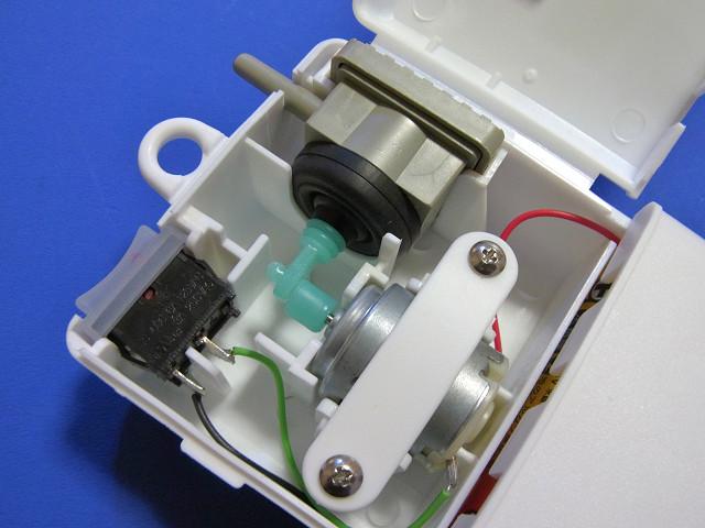 乾電池式エアーポンプ CHIKARA α-B1(マルカン ニッソー)